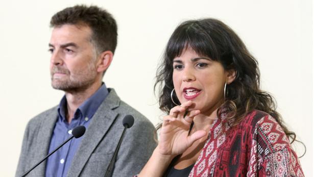 Antonio Maíllo y Teresa Rodríguez han hablado sobre la crisis de las corbetas.
