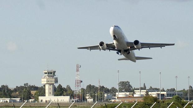 Salida de un vuelo desde el aeropuerto de Jerez.