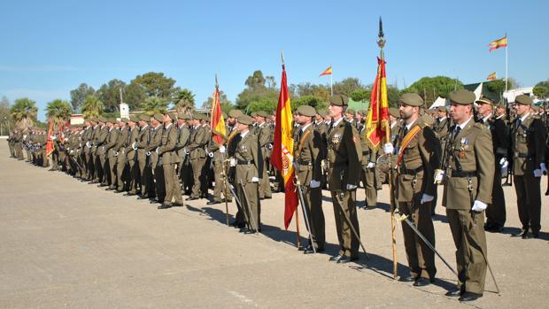 Imagen de una jura de bandera militar en Camposoto.