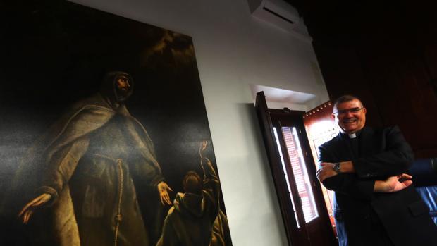 Antonio Diufáin Mora, en su despacho del Obispado en la sede de Hospital de Mujeres.