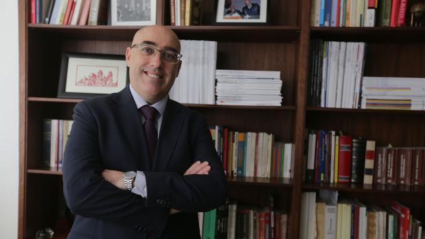 Pascual Valiente, decano del Colegio de Abogados de Cádiz