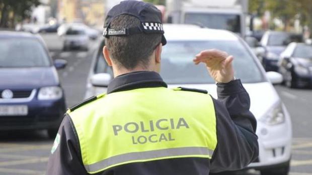 El Ayuntamiento sacará la oferta de empleo para policías locales