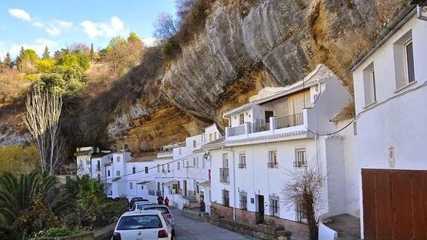 Setenil de las Bodegas, entre los pueblos más bonitos de España.