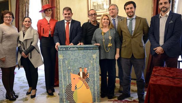 Los responsables municipales de Jerez y Jabugo durante la presentación del cartel anunciador.