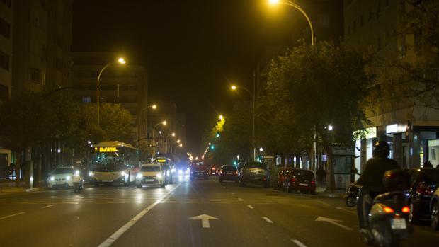 Este fin de semana la Avenida principal seguía sin estar iluminada.