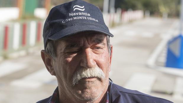 Ángel Godino Macías explicando las ventajas del plan industrial de astilleros