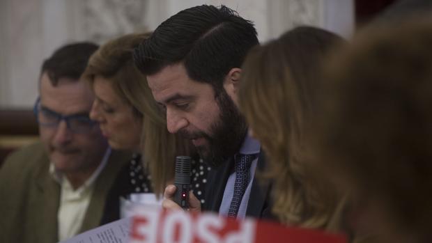 El PSOE propone más transparencia en la cesión de los locales municipales.