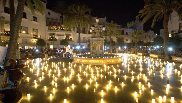 Noche de las velas en Vejer
