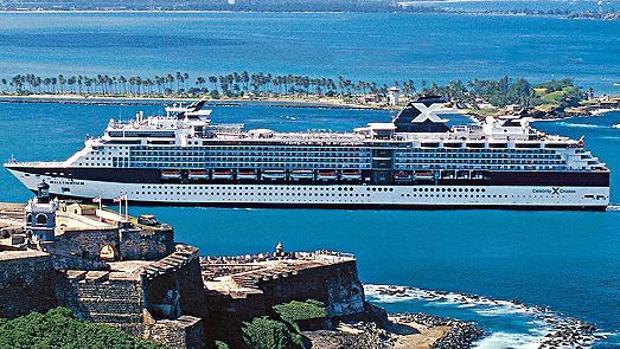 El 'Celebrity Infinity,' uno de los barcos que pisará Cádiz por primera vez en 2019
