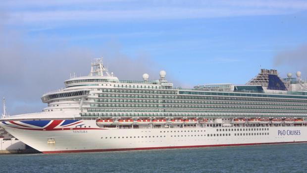 El crucero 'Ventura', el pasado 17 de diciembre en el Puerto de Cádiz
