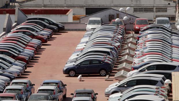 La venta de coche ha experimentado una ligera subida en 2018.