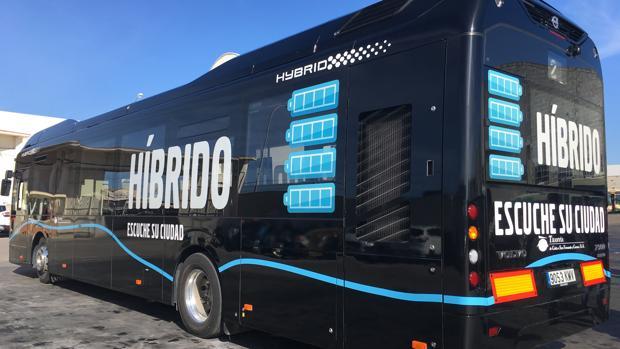 Nuevo autobús híbrido que estará de prueba en la ciudad hasta el próximo 28 de febrero.