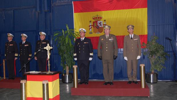 Autoridades militares presentes en el acto entrega de mando.