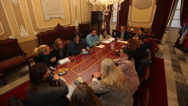La mayoría del Consejo Rector de la Mujer votó en contra del cese de María Fernández-Trujillo.