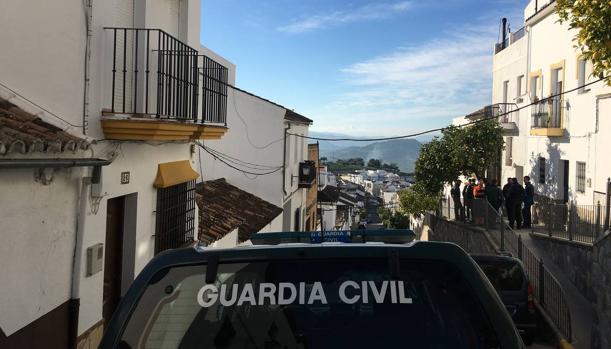 Una patrulla de la Guardia Civil en Prado del Rey.