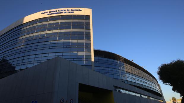 Tribuna del Estadio Ramón de Carranza donde se espera instalar un hotel y zona comercial.