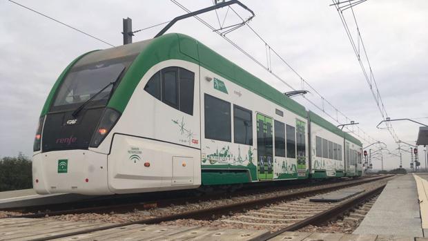 El tranvía de la Bahía de Cádiz sigue sin ponerse en marcha.