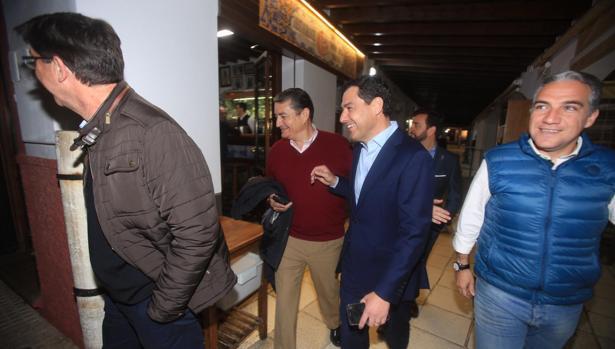 Los miembros del Consejo han cenado en el restaurante sanluqueño Casa Bigotes.