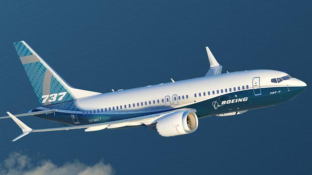 Imagen de un 737 MAX de Boeing en pleno vuelo