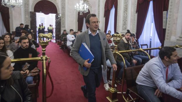 José María González 'Kichi', alcalde de Cádiz, en una imagen de un Pleno anterior.