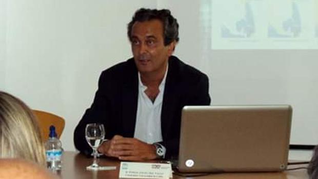 El catedrático de la UCA investigado, Tomás Ángel del Valls.