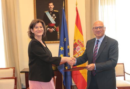 La presidenta de Navantia, Susana de Sarriá, recibe el encargo