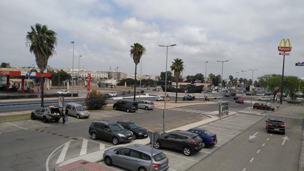 Un ambiente de la rotonda de acceso a El Puerto.