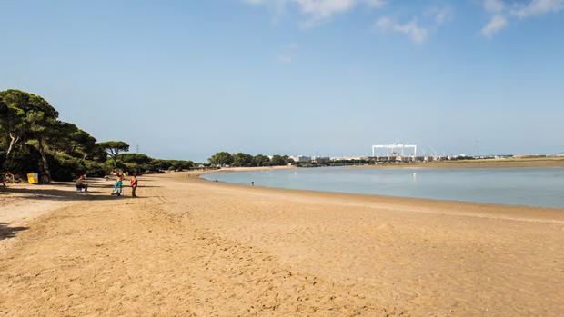 Vista de la playa del Río San Pedro de Puerto Real