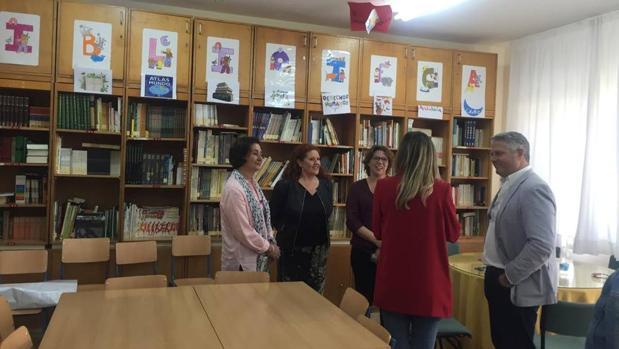 Reunión del PSOE con la Flampa de Cádiz en el Colegio Adolfo de Castro