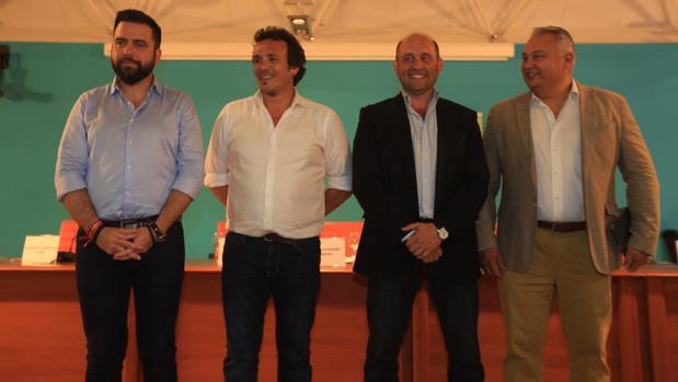Los candidatos de PSOE, Adelante Cádiz, PP y Ciudadanos, en el debate organizado por Apdha.