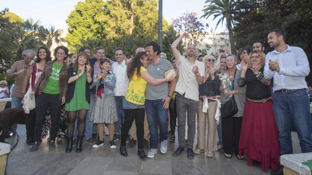 La marca 'Kichi' ha logrado imponerse sobre las siglas políticas de Podemos.