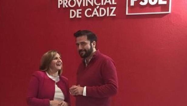 Irene García, presidenta de la Diputación, con Fran González, candidato a la Alcaldía en Cádiz.