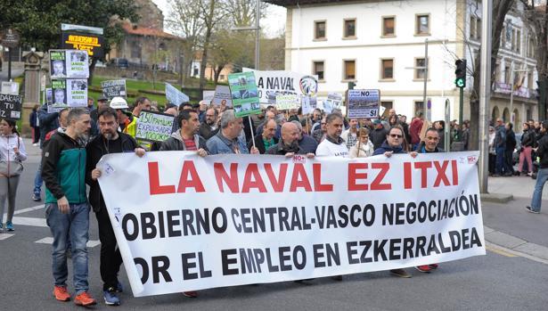 Manifestacion de los trabajaodres de La Naval de Sestao.