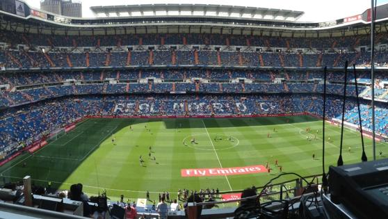 Aspecto del Bernabéu minutos antes del comeinzo del Madrid-Osasuna
