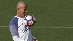 Zidane: «El Barça sin Messi es mucho peor, pero no me gusta esa palabra»
