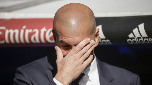 Cuarto empate y pitos en el Bernabéu
