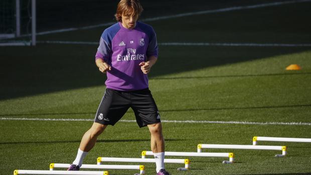 Real Madrid:  Modric rompe el calendario