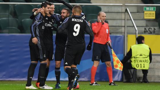 Los jugadores del Madrid celebran el 0-1, obra de Bale