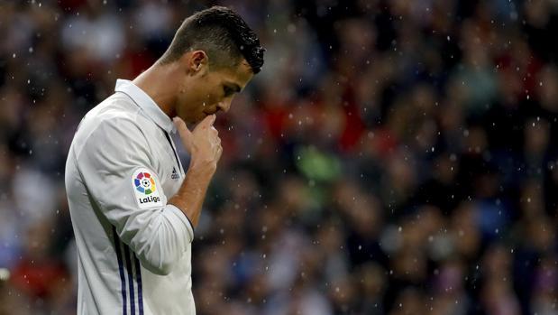 Real Madrid:  El Bernabéu obceca a Cristiano