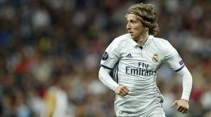 Modric reaparece con el Bernabéu puesto en pie