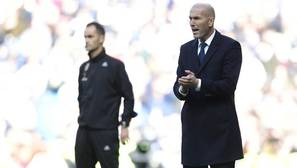Zidane: «Cristiano desea retirarse con la camiseta blanca, como hice yo»