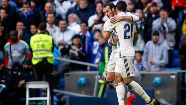 Bale y Morata celebran un gol del canterano