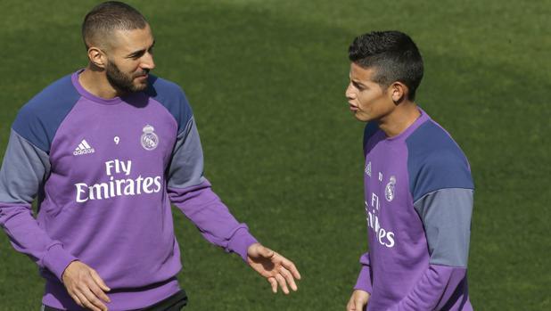 Benzema y James, en Valdebebas