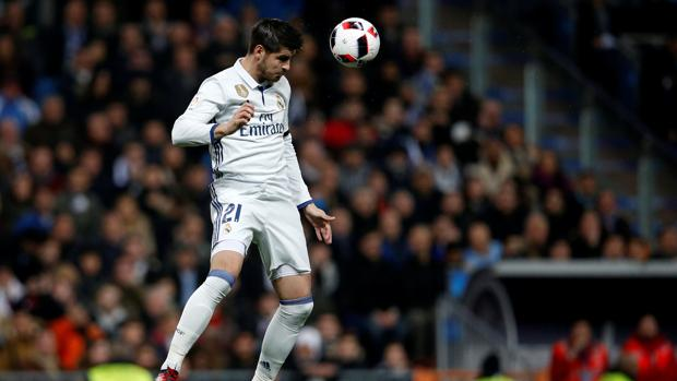Morata espera ser titular mañana en Sevilla