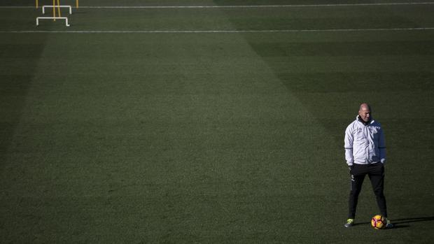 Real Madrid:  Zidane exige más: el Madrid no ha tocado techo