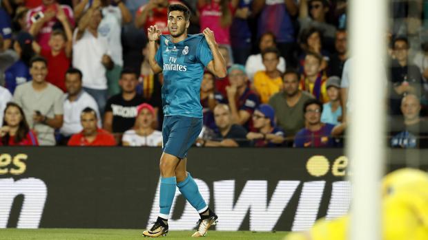 Marco Asensio, celebrando su gol en el Camp Nou