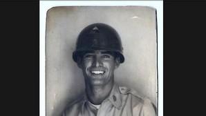 ¿Es este el abuelo más sexy del mundo? La fotografía vintage de un veterano que revoluciona internet