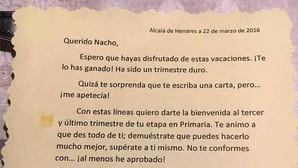 La carta de un profesor de Primaria a sus alumnos que motiva a Facebook: «Trae la mochila cargada de ilusión»