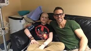 La conmovedora carta de despedida en Facebook de Ryan Reynolds a un fan enfermo de cáncer que falleció