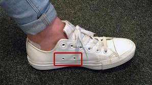 El asombroso motivo por el que tus zapatillas tienen agujeros laterales